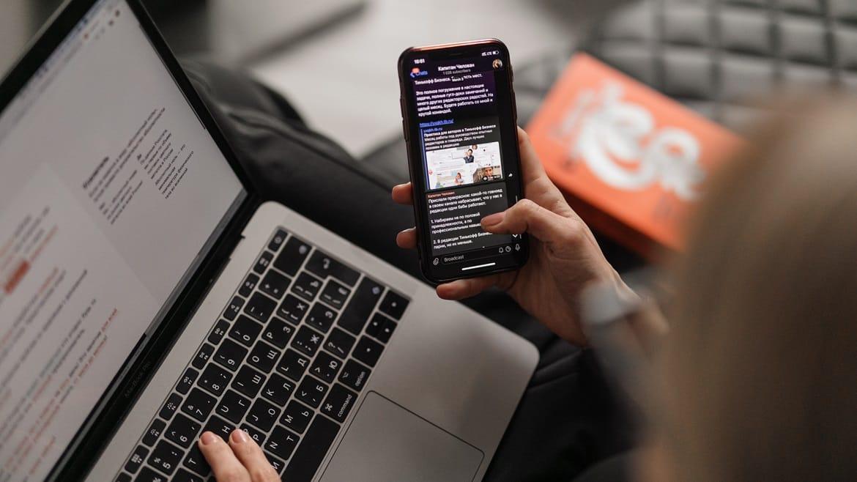 Accessing help for social media addiction
