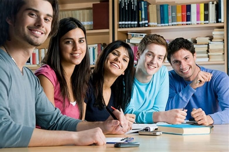 40,000 students - what are the 10 most popular subjects?